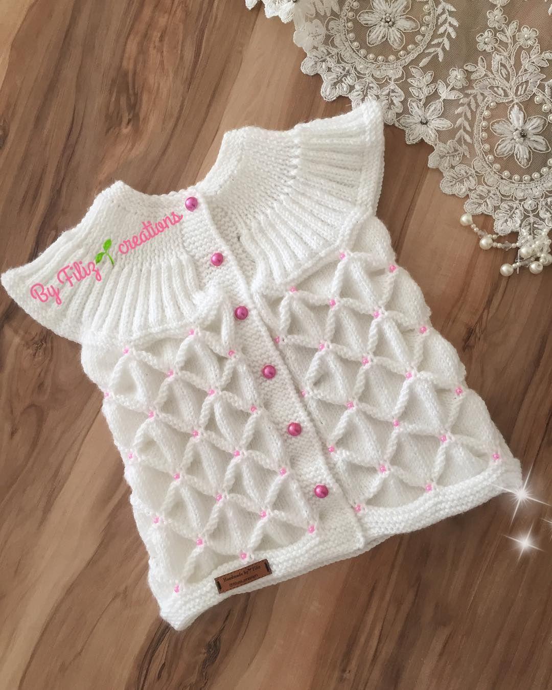 Pin By Busekivilcim On Detskoe Vyazane In 2020 Baby Vest Vest Pattern Crochet Baby Sweaters