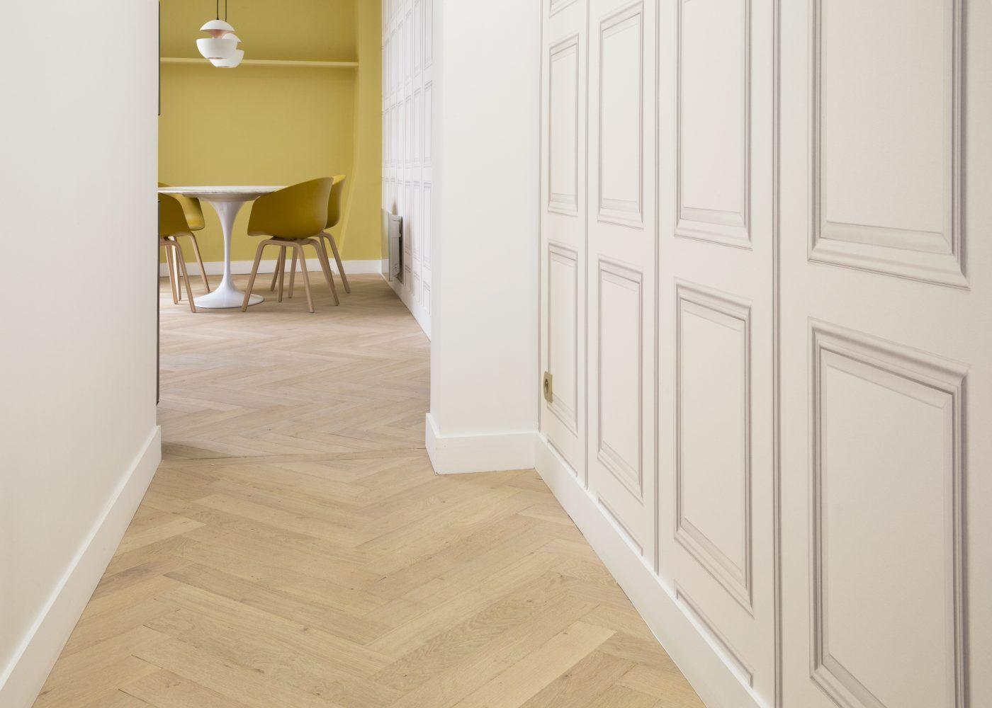 parquet terrasses et accessoires la parqueterie nouvelle parquet b ton rompu pinterest. Black Bedroom Furniture Sets. Home Design Ideas