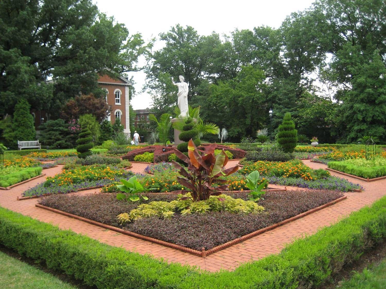 Basic Design Principles And Styles For Garden Beds Proven Winners Garden Design Plans Garden Design Formal Garden Design