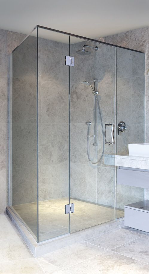 Frameless Shower Door With Glass To Glass Hinges