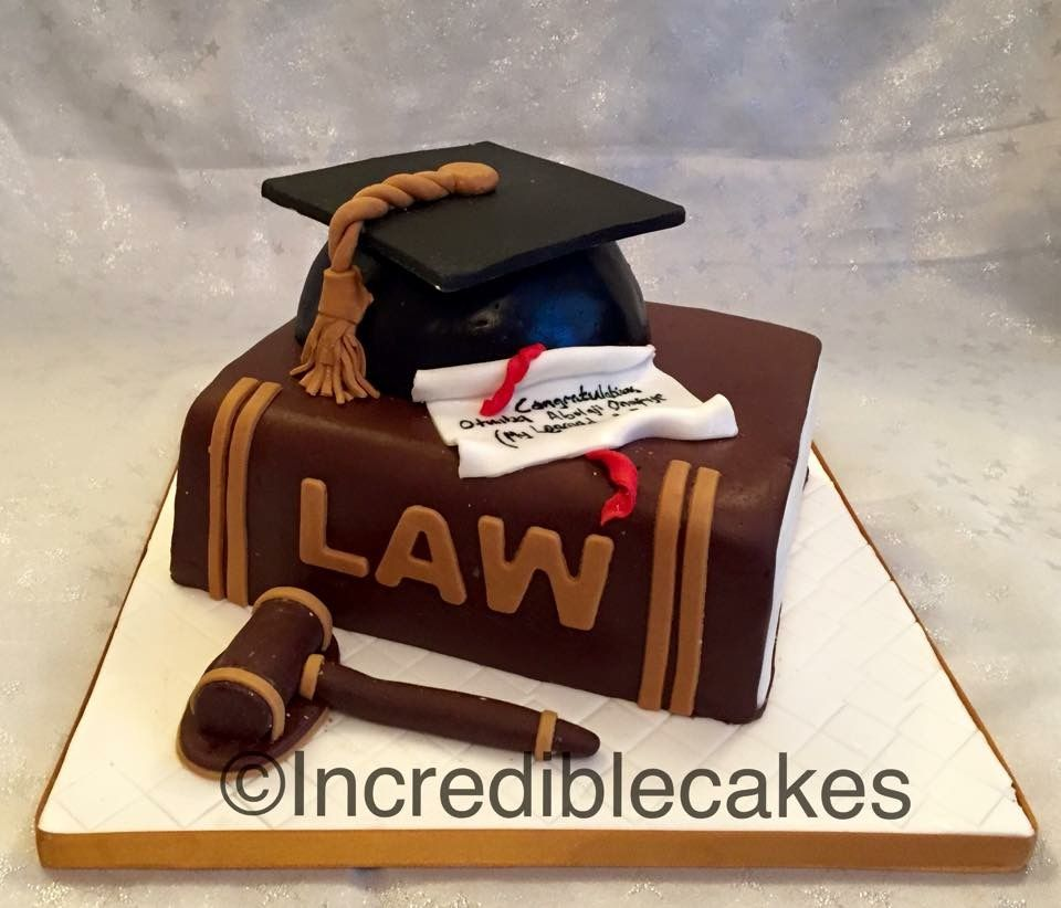 Law Graduation Cake With Images Graduation Cakes Lawyer Cake