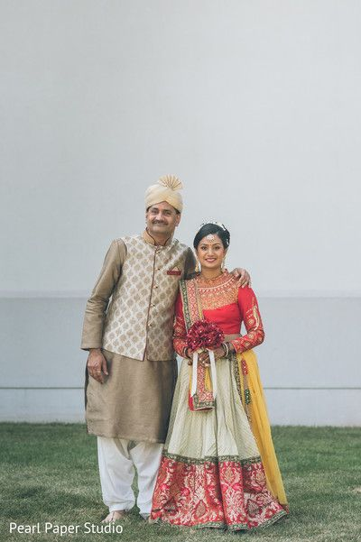 Indian Bride And Her Father Photography Before Wedding Ceremony Http Www Maharaniweddings Father Of The Bride Outfit Indian Wedding Outfits Indian Groom Wear