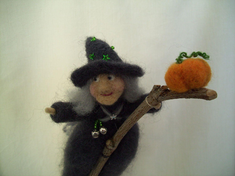 Needle Felted Halloween Witch | Felted | Needle felting ...