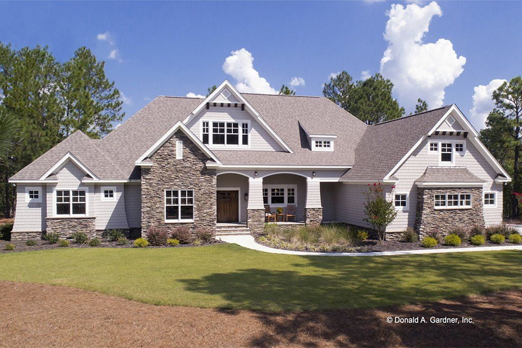 Craftsman Style House Plan 4 Beds 3 Baths 2533 Sq Ft Plan 929 24 Craftsman Style House Plans Country Style House Plans Ranch Style House Plans
