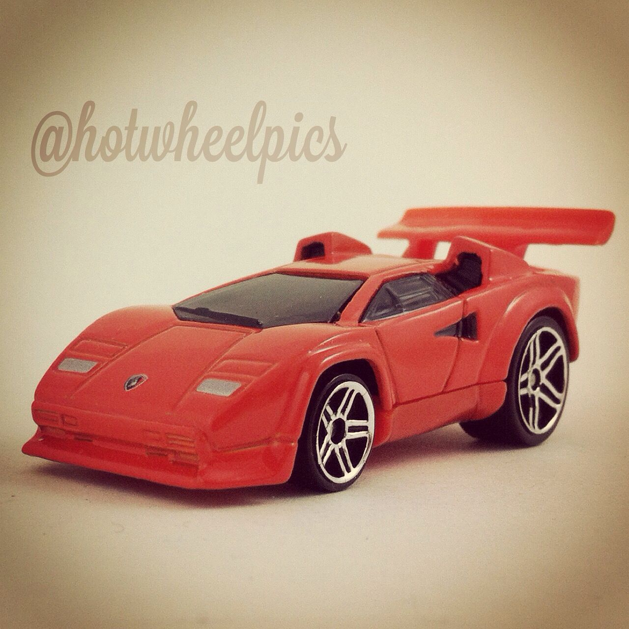 Tooned Lamborghini Countach 2004 Hot Wheels First Editions