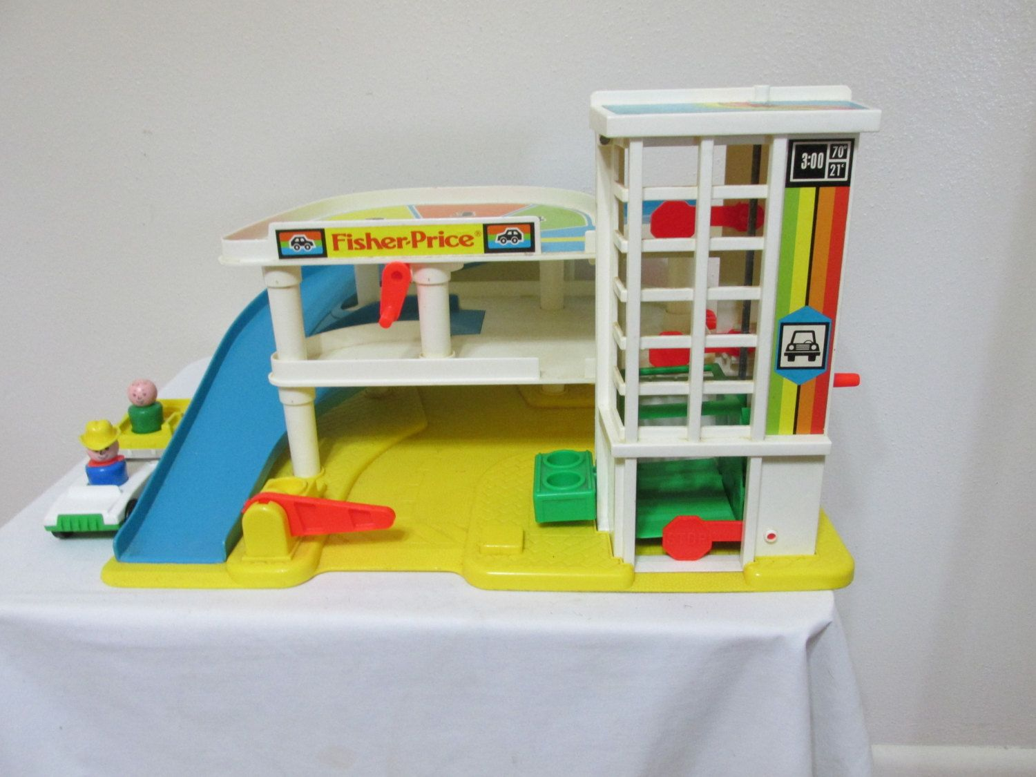 Garage Little People : Fisher price garage little people and cars 1987 by luruuniques on
