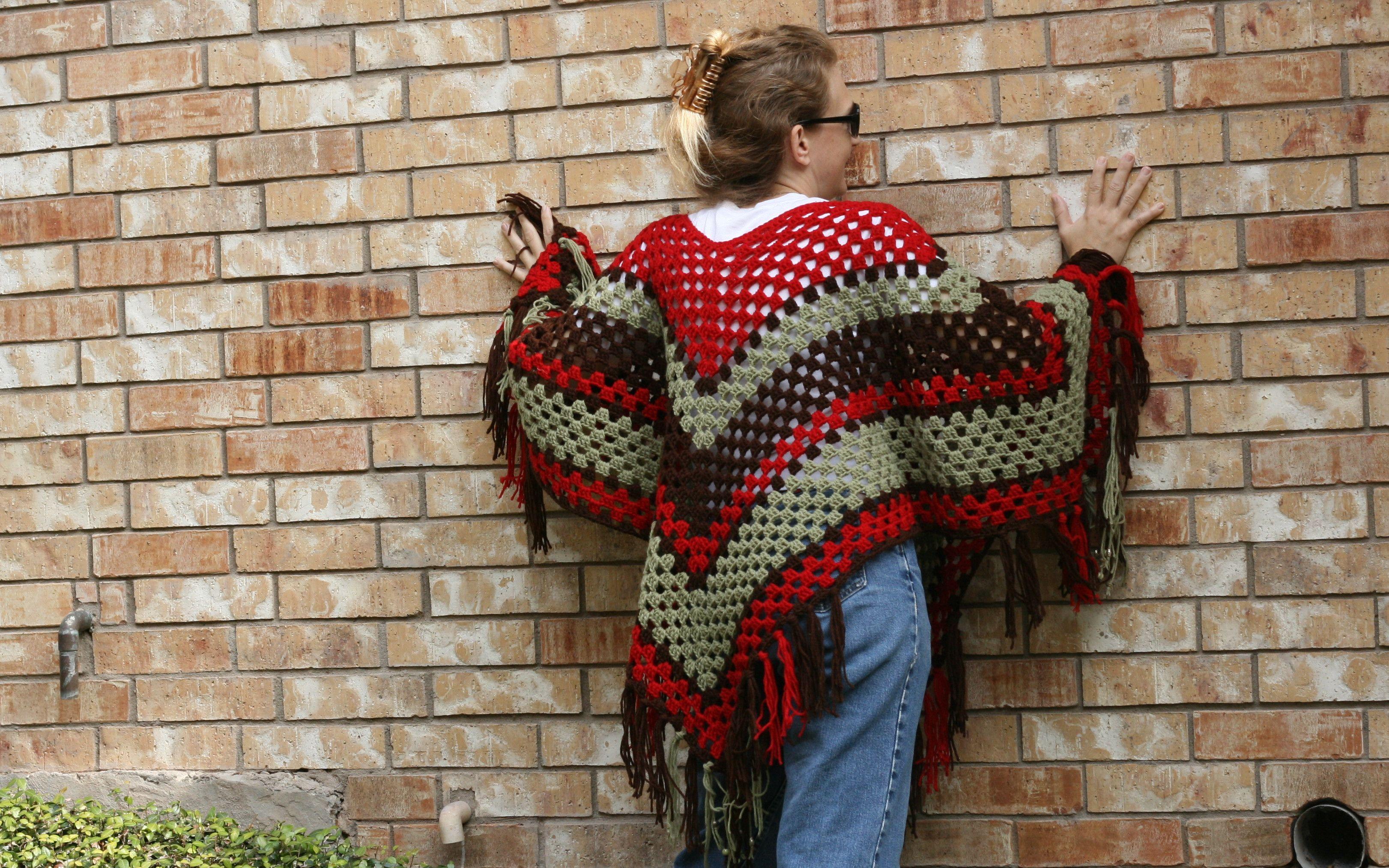Girls & Grannies - a free crochet poncho pattern