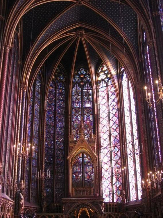 Sainte Chapelle (Paris/ France): http://curious-places.blogspot.co.nz/2011/03/sainte-chapelle-paris-france.html