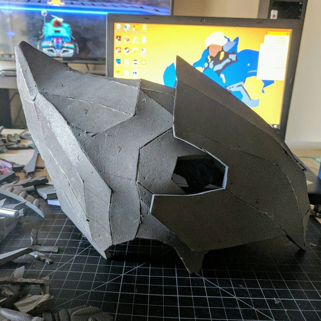Just need to add small details before I seal and paint ^.^ #progress #pharah #pharahoverwatch #pharahcosplay #pharahhelmet #overwatch #overwatchcosplay #helmet #evafoam #cosplay #foamsmith