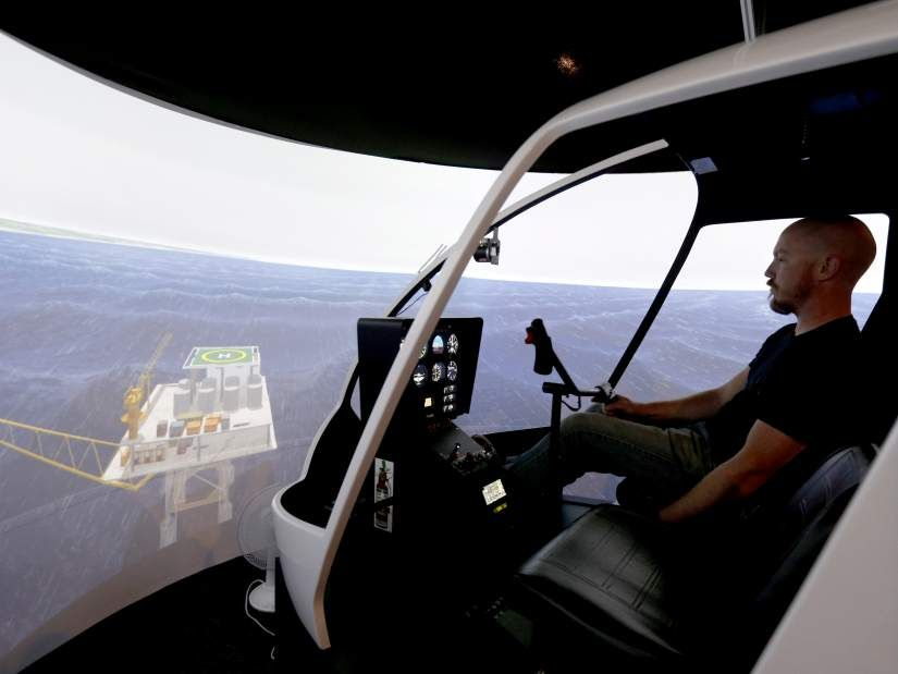 Helicopter simulator up and running at COCC - Bend Bulletin