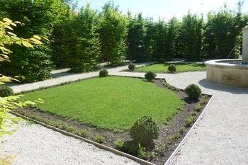 semer du gazon les astuces pour r ussir jardin semer. Black Bedroom Furniture Sets. Home Design Ideas
