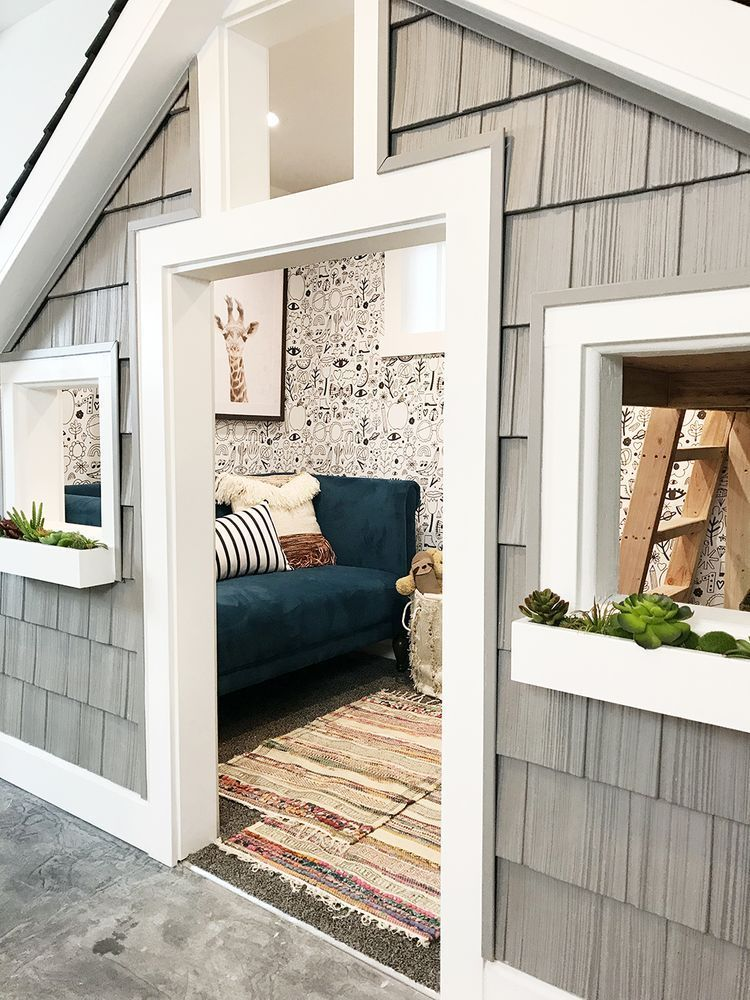 Before And After The Sweetest Small Indoor Playhouse! (Chris Loves