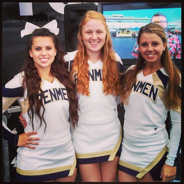 Christina An Southern New Hampshire University On Campus Student And Some Her Teammates From Snhucheer Show Off Their Penmenpride Fox Sports Athlete Pride