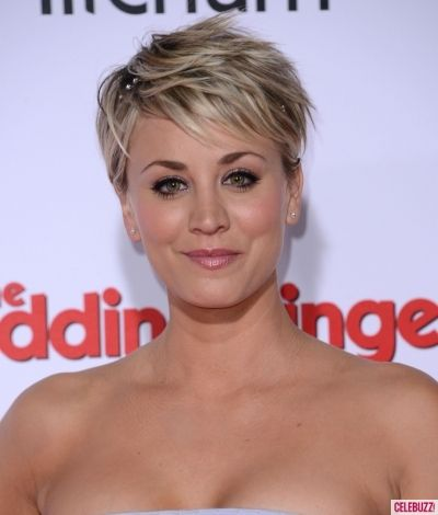 here 39 s what kaley cuoco looks like without makeup and hair. Black Bedroom Furniture Sets. Home Design Ideas