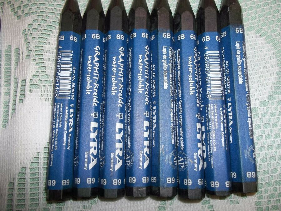 LYRA Water Soluble Graphite Crayon Assortment