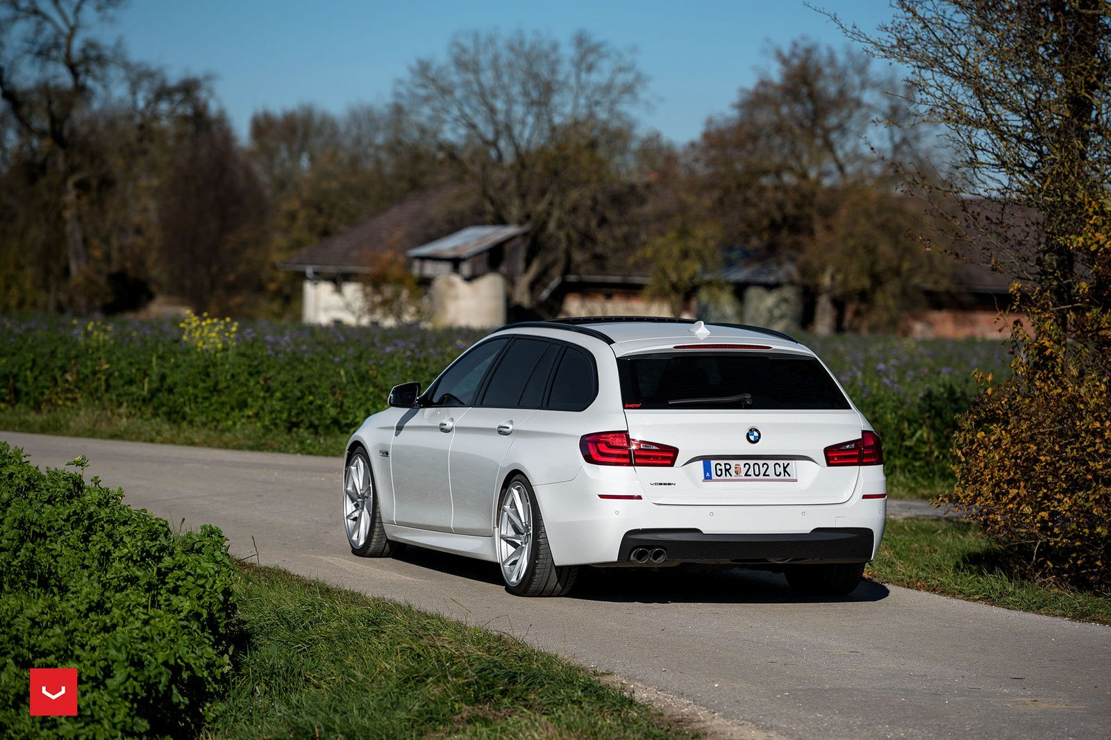 F11 alpina b5 biturbo touring page 2 5series net forums - Image Of Alpine White Bmw 5 Series Touring Gets A Set Of Vossen Wheels 8 750x500
