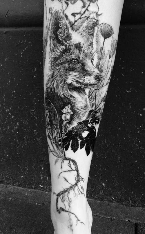 Photo of Madlyne van Looy Tattoo & Art