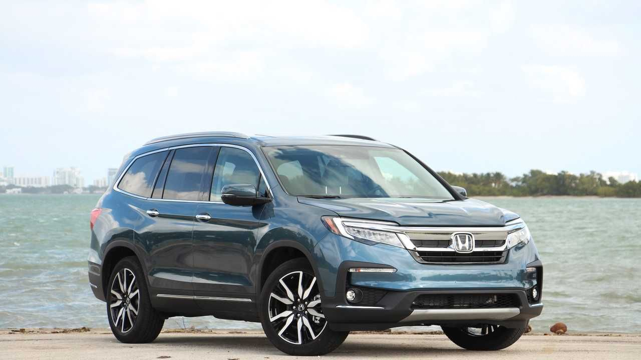 2019 Chevrolet Traverse Vs 2019 Honda Pilot Comparison 3 Row Duel Honda Pilot Chevrolet Traverse Chevrolet