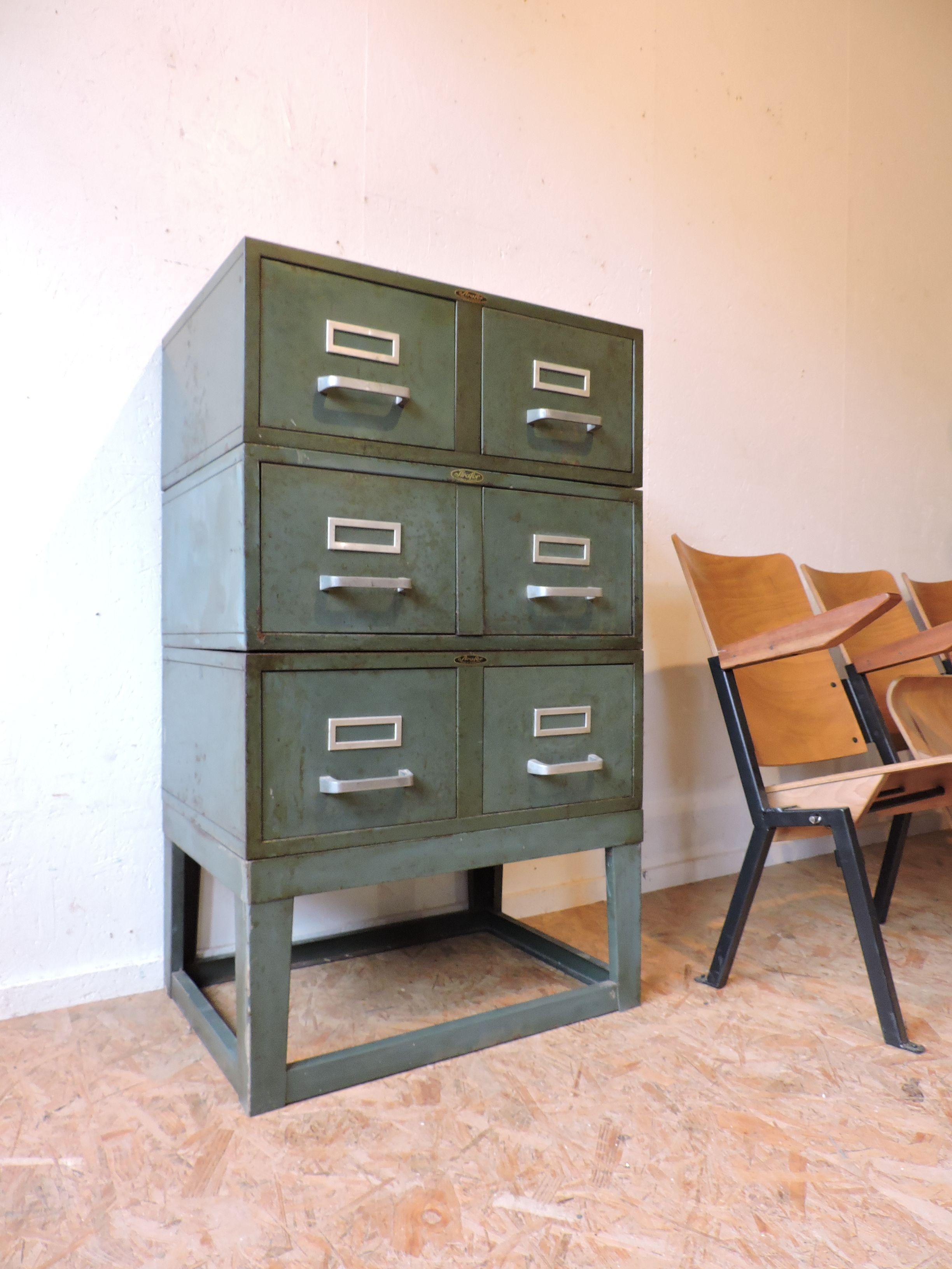 Meuble Industriel Strafor Annees 60 70 Decoration Vintage Meubles Industriels Vintage
