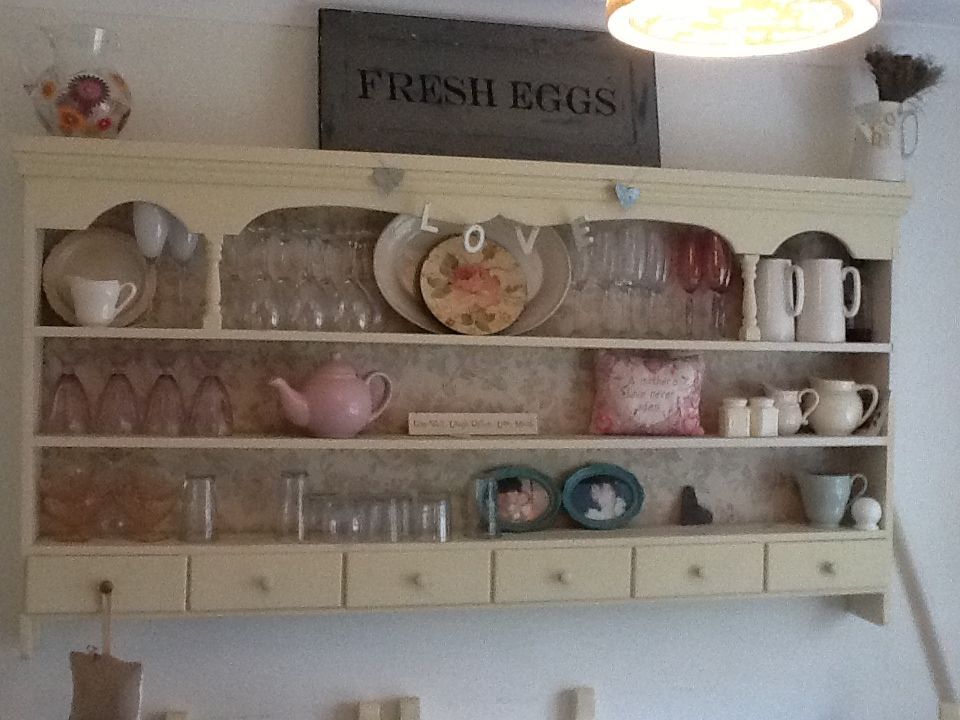 Large kitchen wall plate rack display unit painted in Annie Sloan cream Painted by Home Revival & Large kitchen wall plate rack display unit painted in Annie Sloan ...