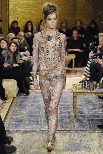 Sfilata Chanel Paris - Pre-collezioni Autunno Inverno 2011/2012 - Vogue