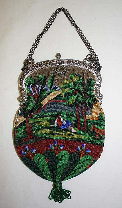 Beaded bag w/ silver mount and chain, French, mid-19th C.