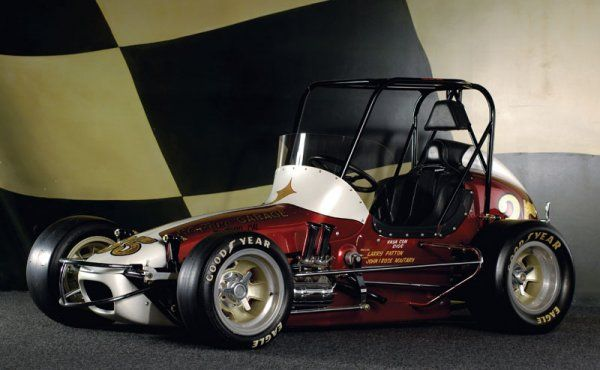 Antique midget sprint car