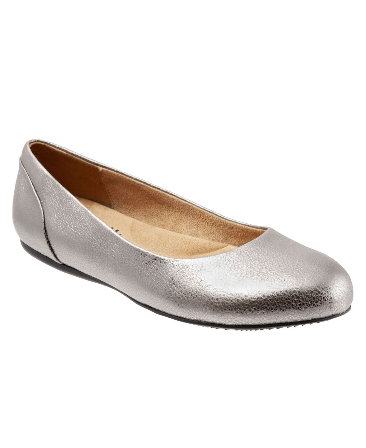 Sonoma is a rounded-toe ballet flat built for serious comfort. This every-day flat has a contoured silhouette and removable foot bed for a stylish and comfortable look.
