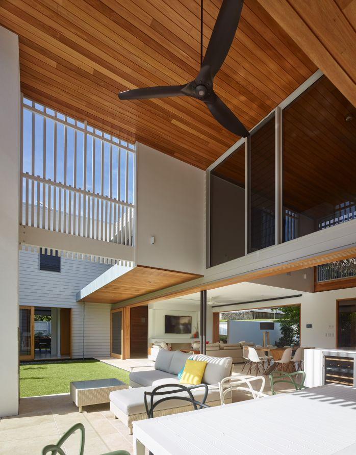 The Corner House | Queensland Australia | Shaun Lockyer Architects on corner house yard designs, corner house plants, corner house roof designs, corner house driveway, corner house garden designs,