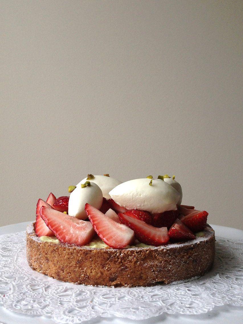 kuroiwa   Portfolio   strawberry tart