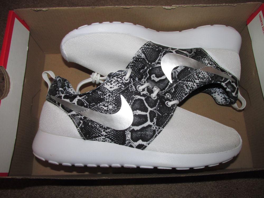 reputable site 811dd aa14e Nike Roshe Run Print Snakeskin Womens Running Shoes 7.5 White Black 599432  103  Nike  Casual