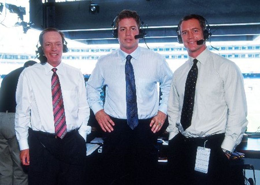 Daryl Johnston on why Troy Aikman 'spilled bile' to