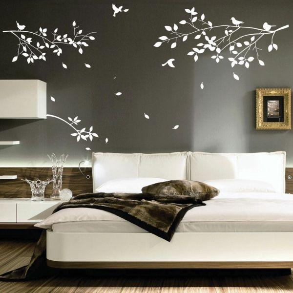 Schlafzimmer Wand Neu Gestalten #19: Schlafzimmer Neu Gestalten Graue Wandfarbe Weißes Wandtattoo