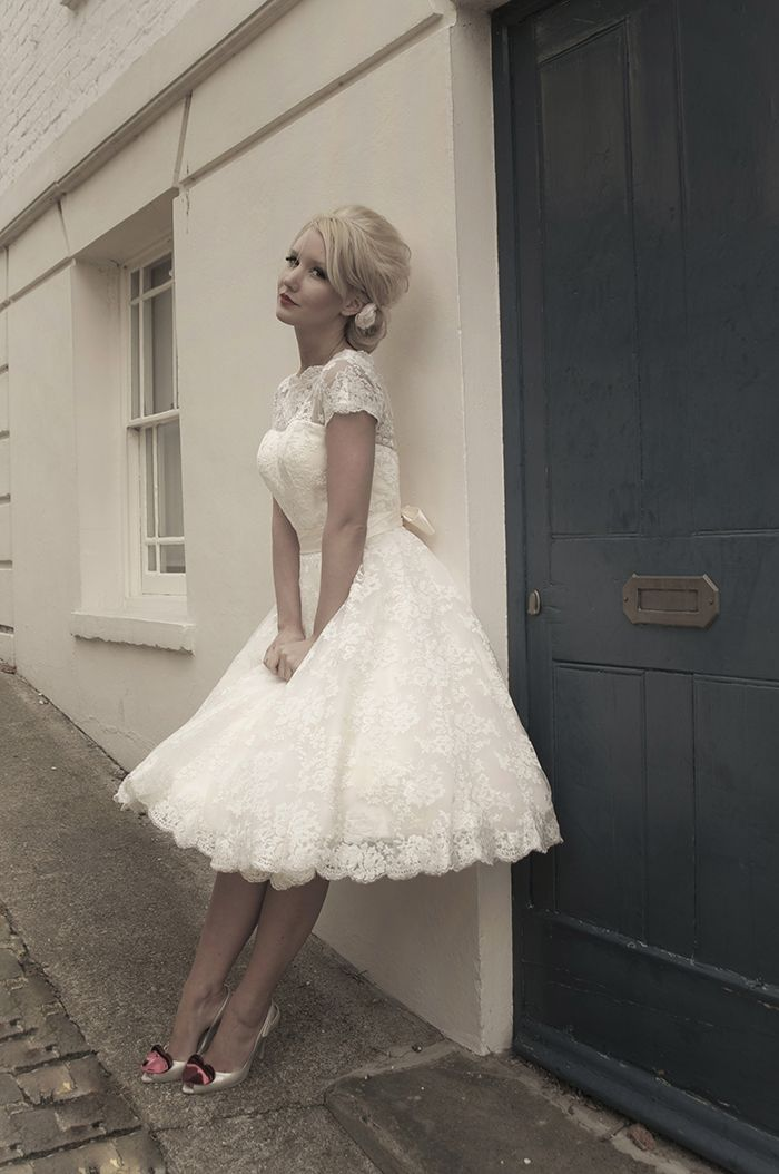 tea length wedding dress lace short sleeve