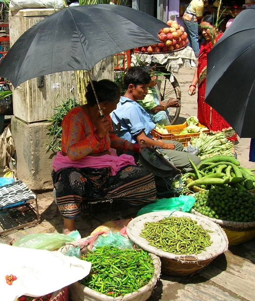 Women in the Market- India #travel #india #inspiration #markets #colors #culture #home