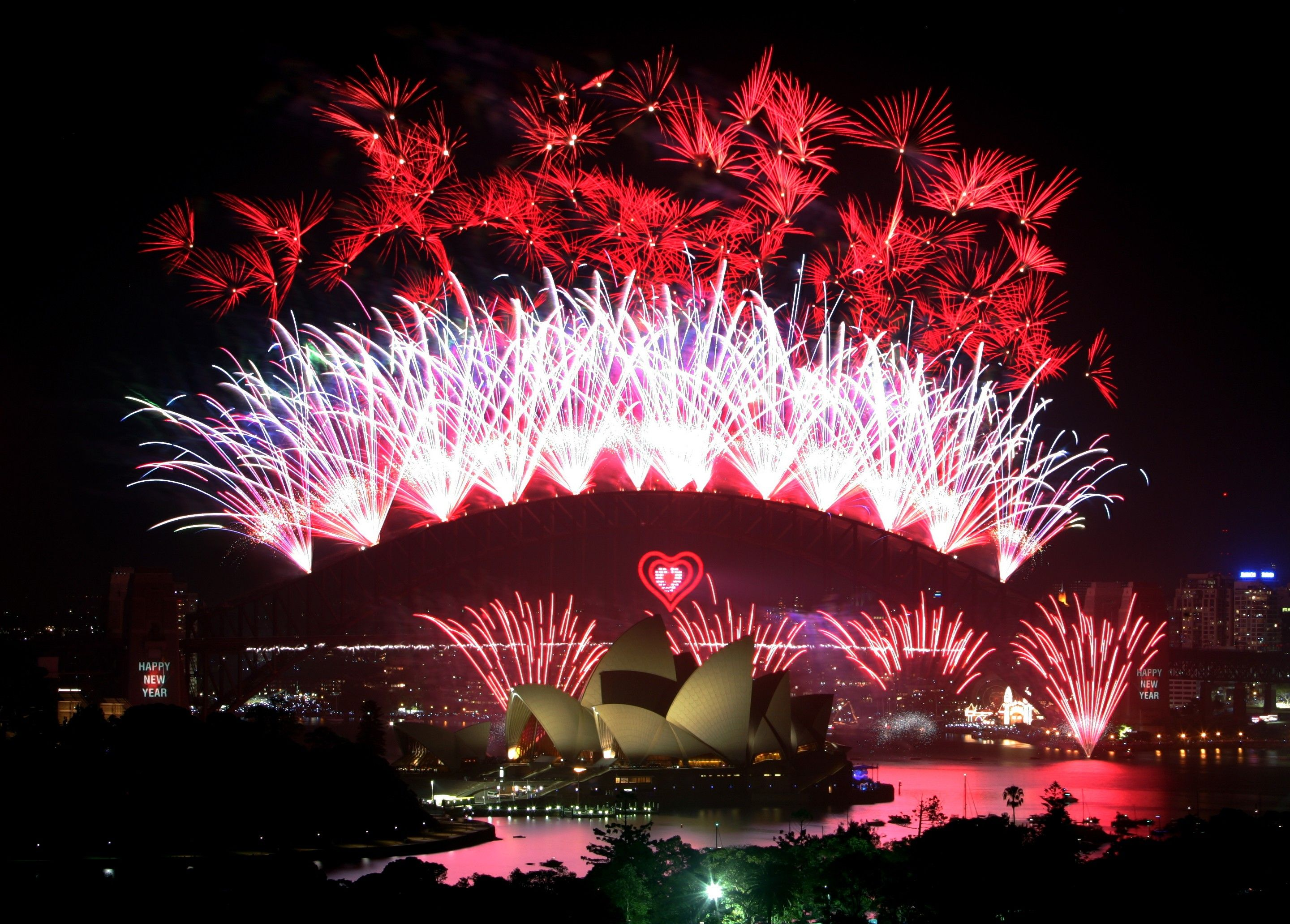 2005 Sydney New Year's Eve Heart of the Harbour. Heart of