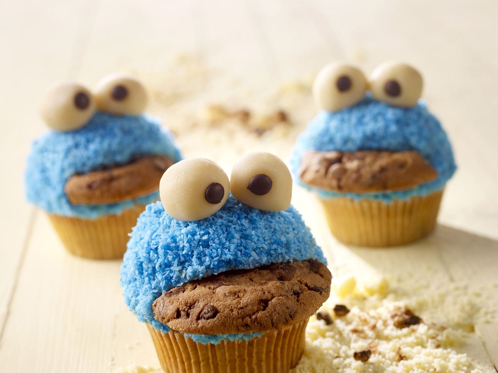 lustige monster muffins recipe muffin cupcake food and kuchen. Black Bedroom Furniture Sets. Home Design Ideas