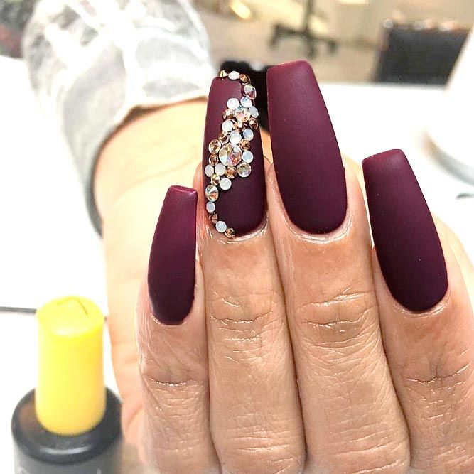 burgundy matte nails design