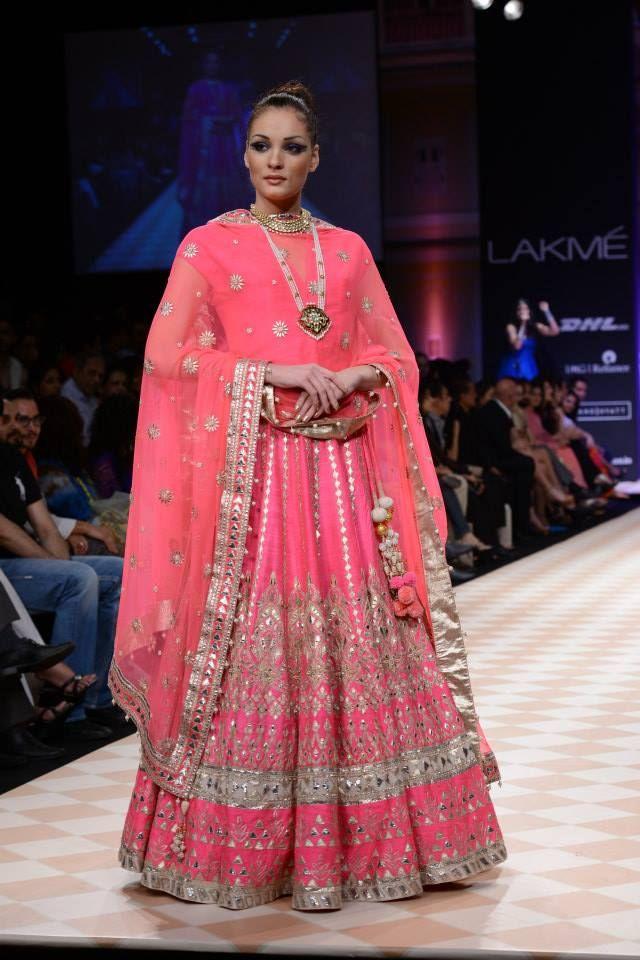 Anita Dongre   fashion-anarkali dresses   Pinterest   Traje y India