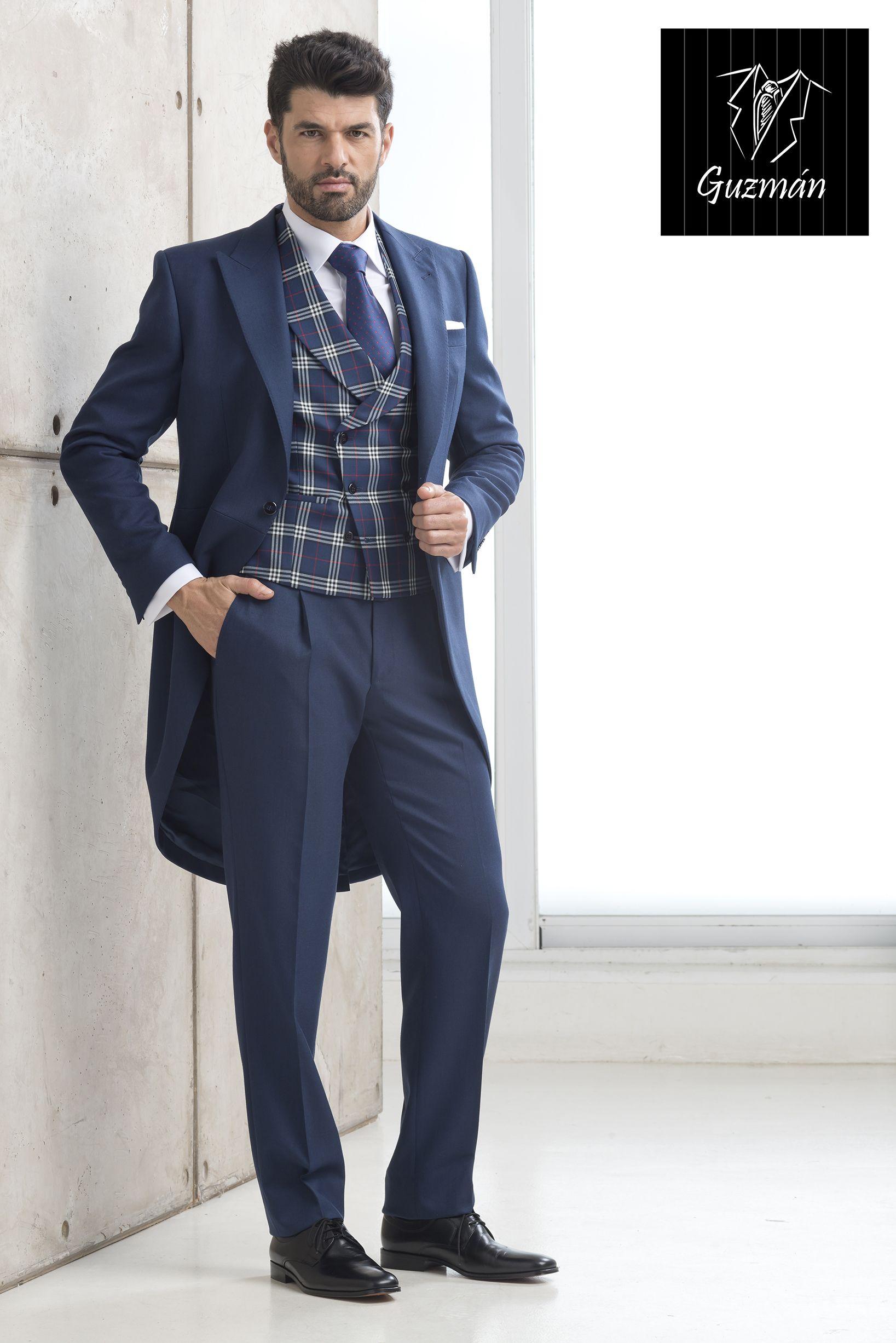 Nuevo chaqué azul tinta con chaleco cruzado escocés marino ... 4328f3d567c