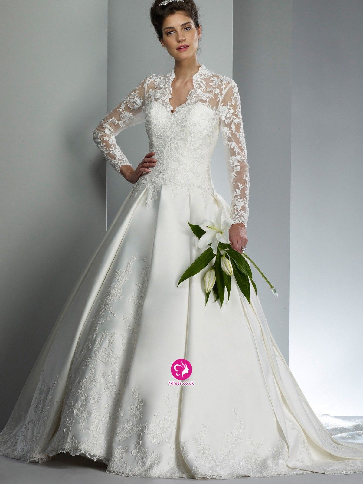 Specials Classic Lace V Neck 2015 Vintage High Collar Long Sleeve Wedding Dresses Free Measurement