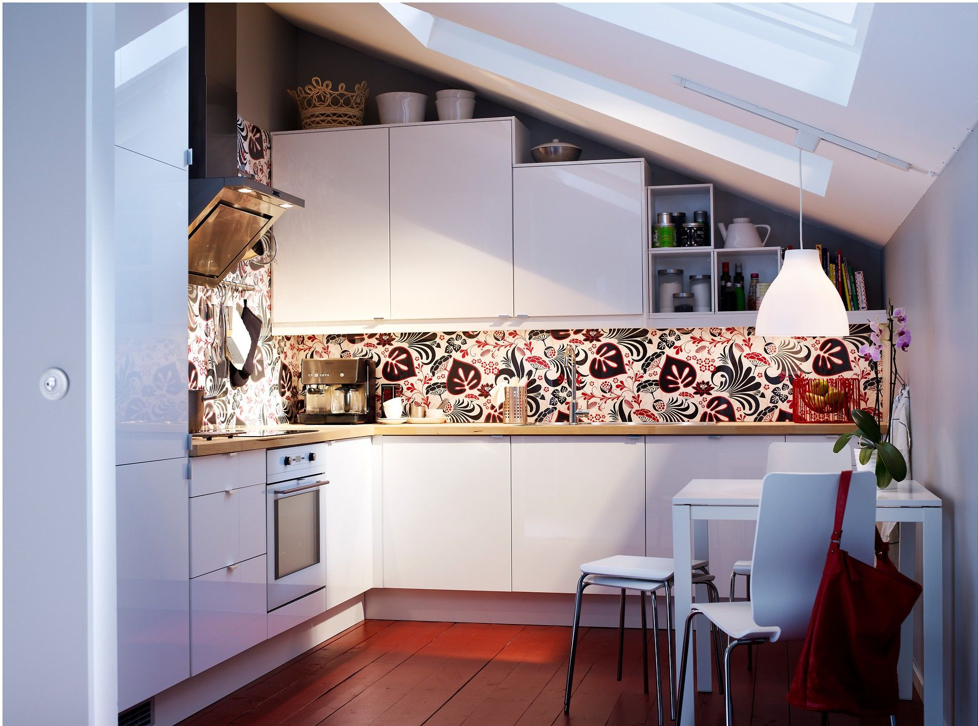 Come progettare la cucina in mansarda | Cucinare in mansarda ...