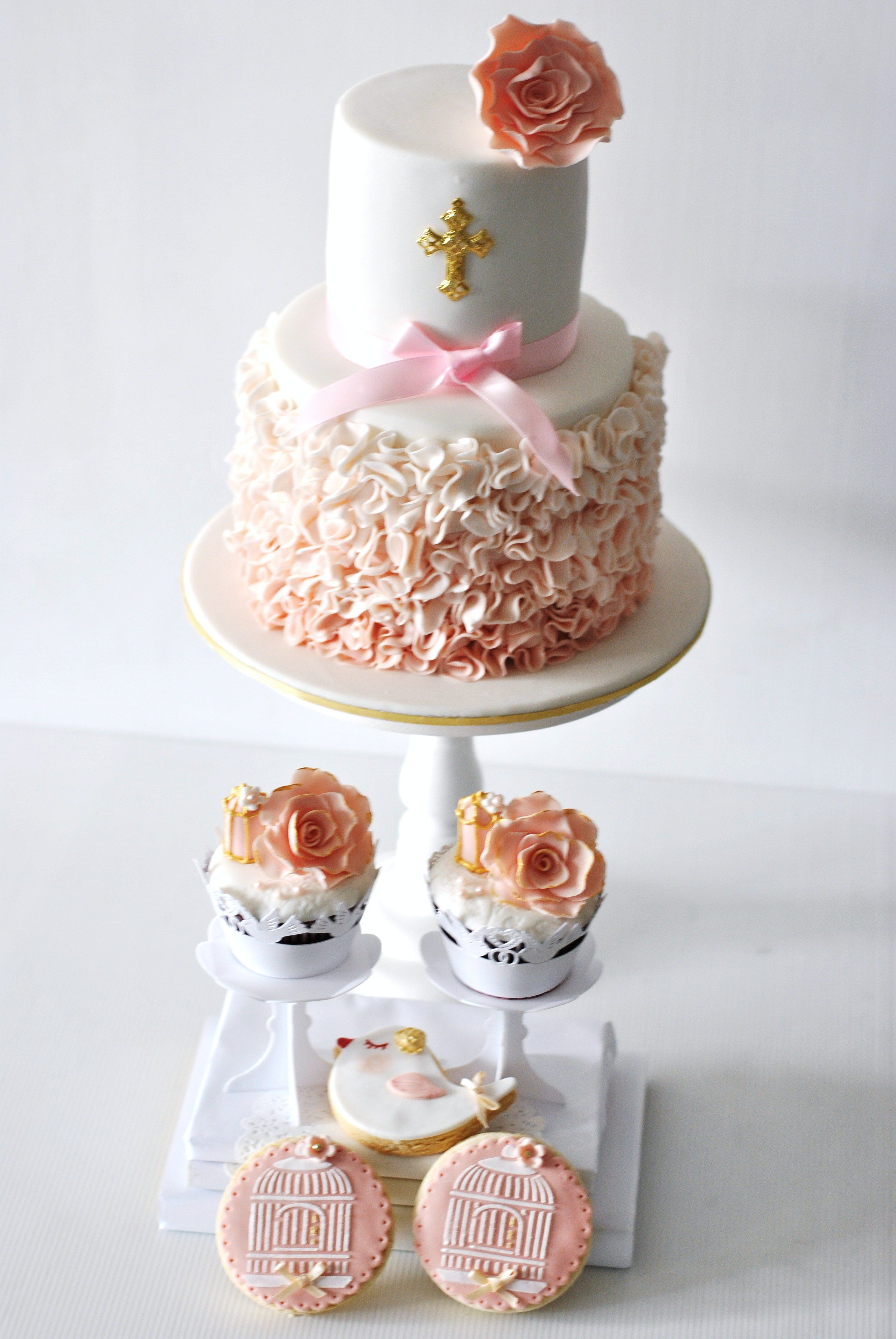 The most beautiful baptism cake, cupcakes and cookies