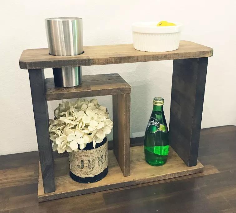 サイドテーブルはdiyで簡単に作れる おしゃれに自作できるアイデアまとめ Diy Magazine サイドテーブル サイドテーブル Diy テーブル 作り方