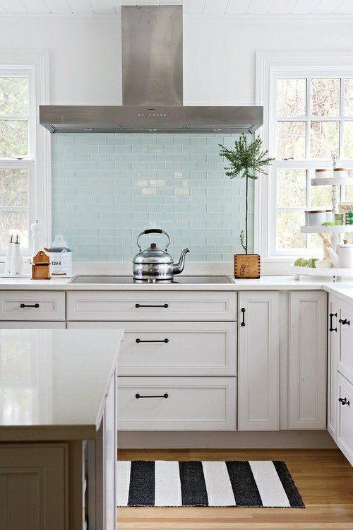 Küchenrückwand aus Glas - blass farbene Fliesen | Küche | Pinterest