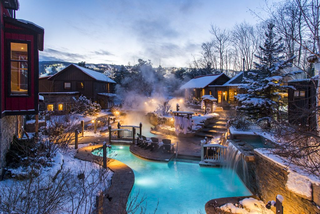 Live The Authentic Nordic Spa Scandinave Spa Blue Mountain Offers The Experience Of The Scandinavian Baths Where Mind And Bo Outdoor Spa Outdoor Blue Mountain