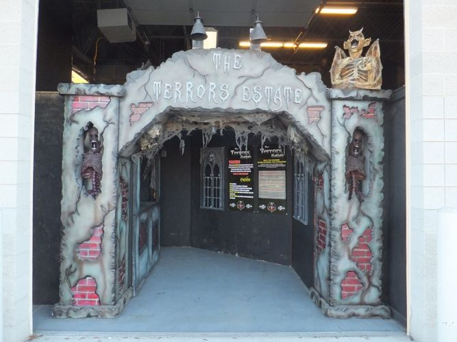 CUSTOM COLUMNS AND ARCHWAYS - Haunted Props halloween decor