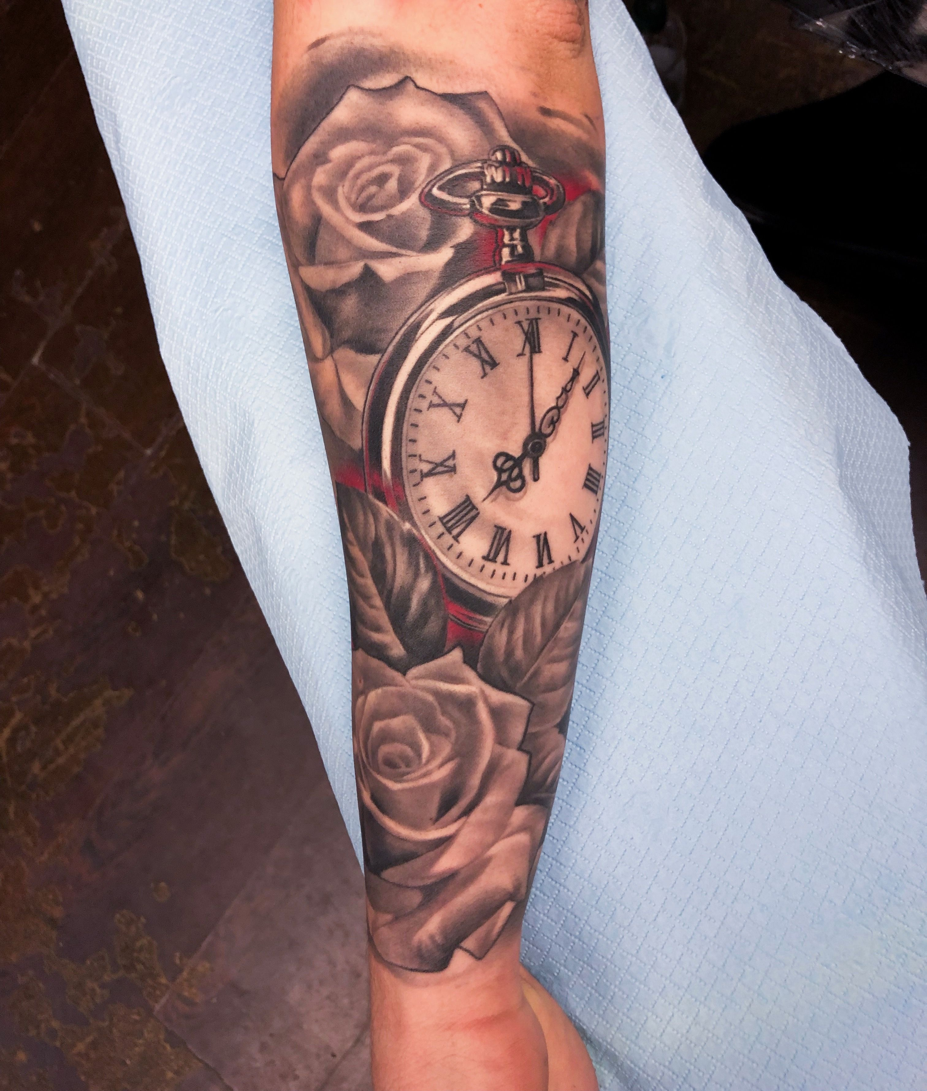 Clock And Roses Tattoo By Nino Dinchev Half Sleeve Clock Tattoo Sleeve Tattoos For Kids Clock Tattoo