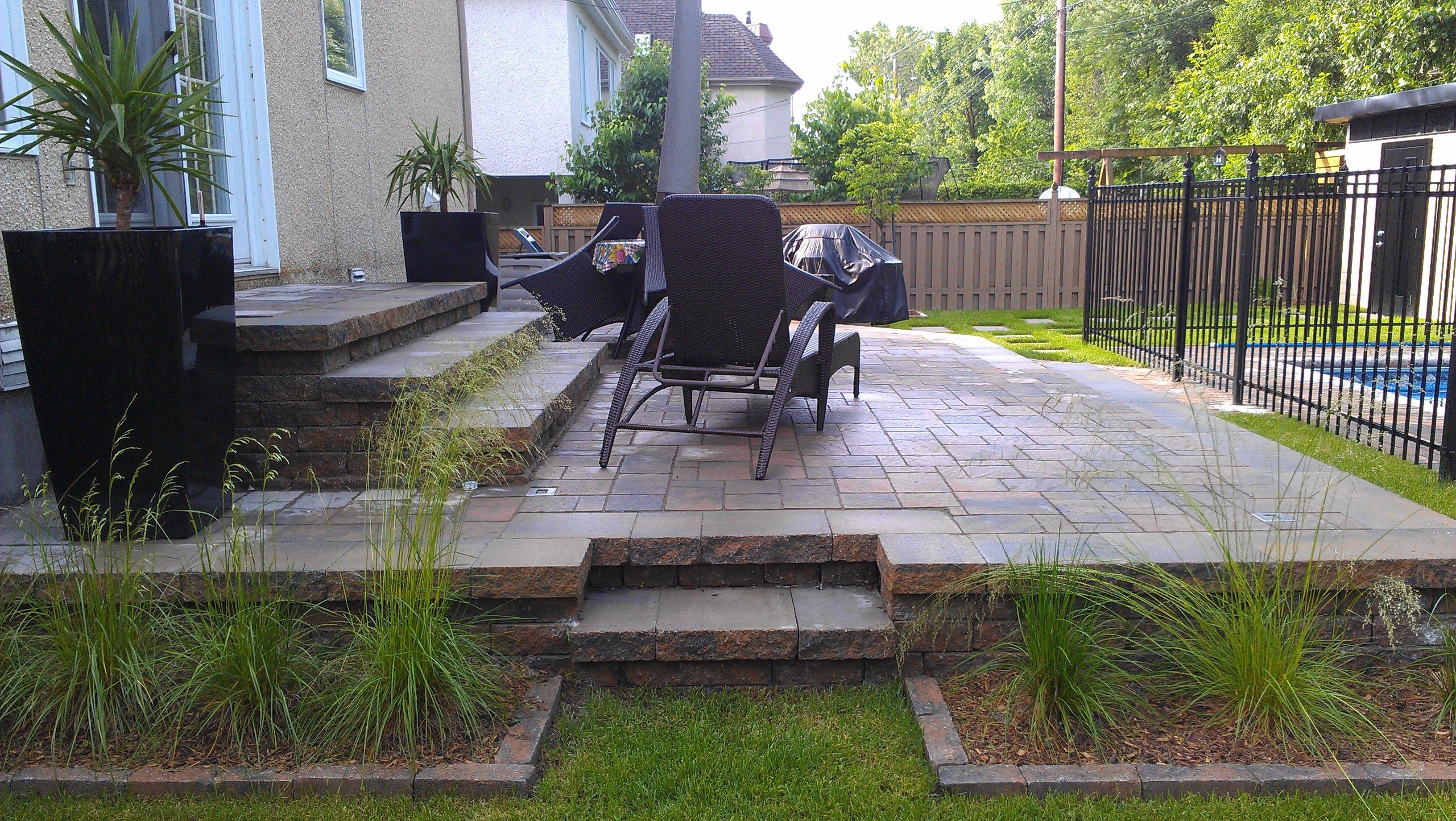 Am nagement d 39 une terrasse en dalles de pav permacon m ga for Amenagement patio terrasse