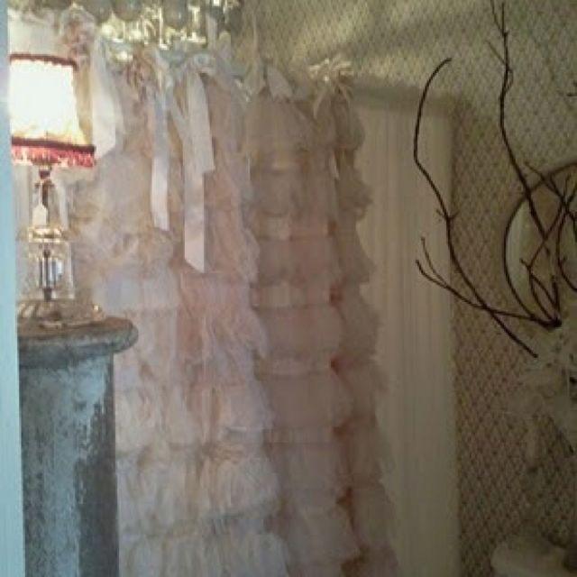 die besten 25 badezimmer kleiner wohnung ideen auf pinterest kleines wei es badezimmer. Black Bedroom Furniture Sets. Home Design Ideas